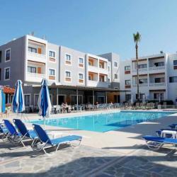 Damon Apartments Pool