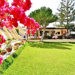 Napa Prince Hotel Apartments Garden
