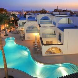 Petrosana Hotel Apartments Pool