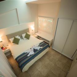 Myroandrou Beach Apts Rooms